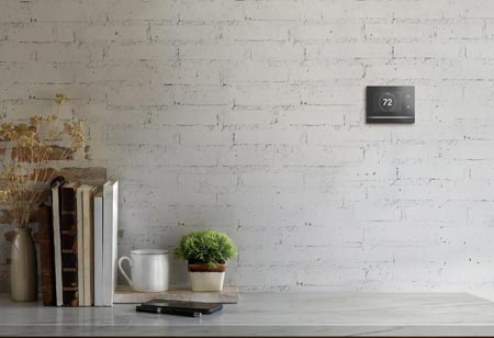 Crestron Launches Horizon Thermostat