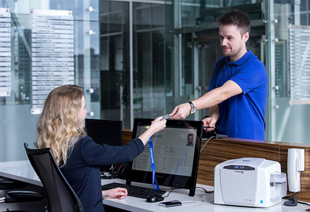 Factors to Consider while Selecting an Electronic Visitor Management System